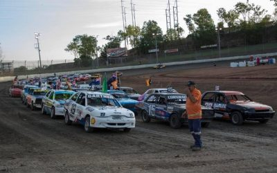 SPEEDWAY SEDAN RACING RETURNS TO DARWIN