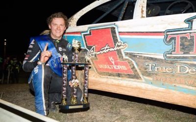 WALTERS SUCCESSFULLY DEFENDS TASSIE TITLE