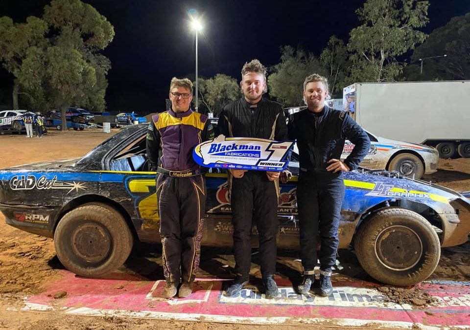 FRASER WINS FINALE IN MOORA
