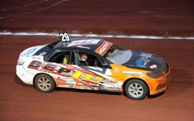 HOATH & KEMPTON TIED AT THE TOP AFTER NIGHT ONE IN KARRATHA